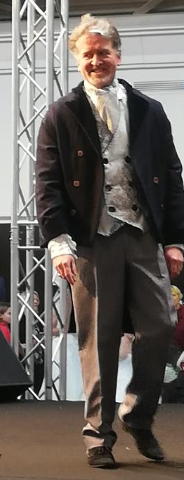 mannequin Laurent gamme Hommes et Mariages pour la créatrice Fifi au jardin