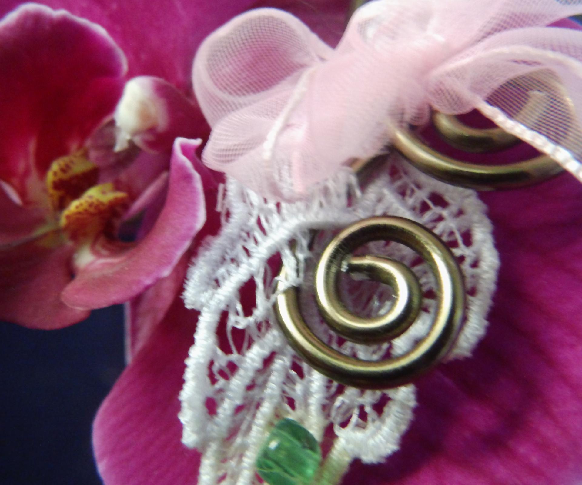 Détail collier version 2 'Nénuphar' éco-responsable original pièce unique magique fait-main bijoux de qualité réglable