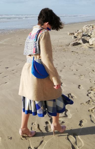 Ensemble veste et jupe de tailleur masterpiece lin et coton madras bleu marine collection capsule bords de mer printemps ete 2019 gamme femmes fifi au jardin trench 1