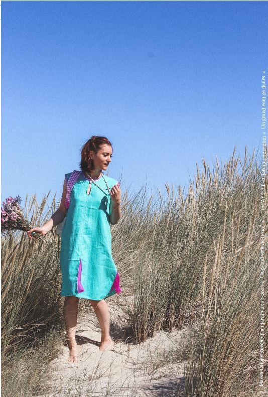 Mannequin maeva campergue porte la tenue bain de soleil de la collection fifi au jardin printemps ete 2021 copyright fifi au jardin 2020 2021 un grand vent de fleurs i9
