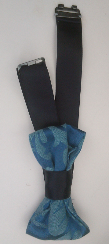 Noeud papillon bleu marine et lys 3d surbrillant fifi au jardin gamme hommes gamme mariages