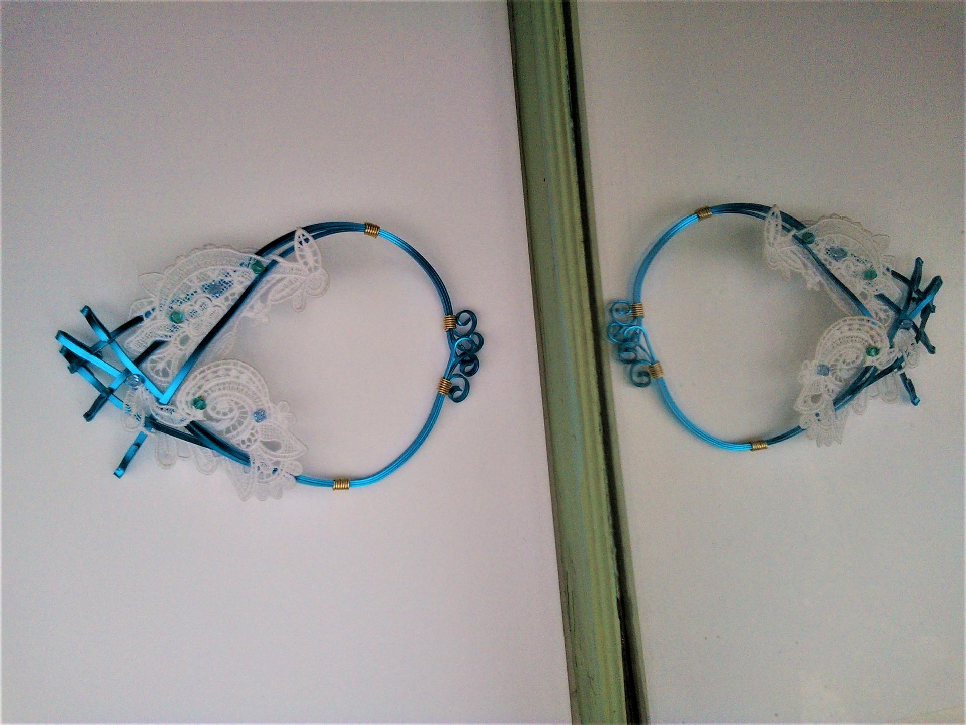 Parure collier victoire qualite materiaux precieux fantaisie perles de qualite fils tresses couleurs travaillees main pieces de dentelle brodees main fifi au jardin precious