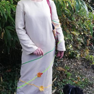Robe droite longue reversible couleurs lignes et feuilles fifi au jardin sac losange et carres le pratique pose 5