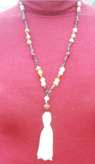 Sautoir a la ville nouvelle collection perles de culture et pierres precieuses fifi au jardin