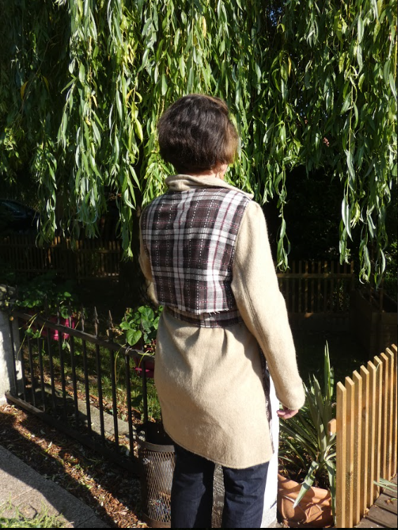 Trench reversible damier fushia chocolat et beige avec ceinture gamme femmes fifi au jardin i2