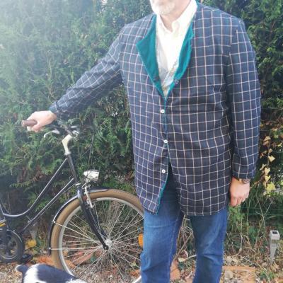 Veste homme longues manches sans col velours turquoise et tartan ouverture mi v fifi au jardin pose 3
